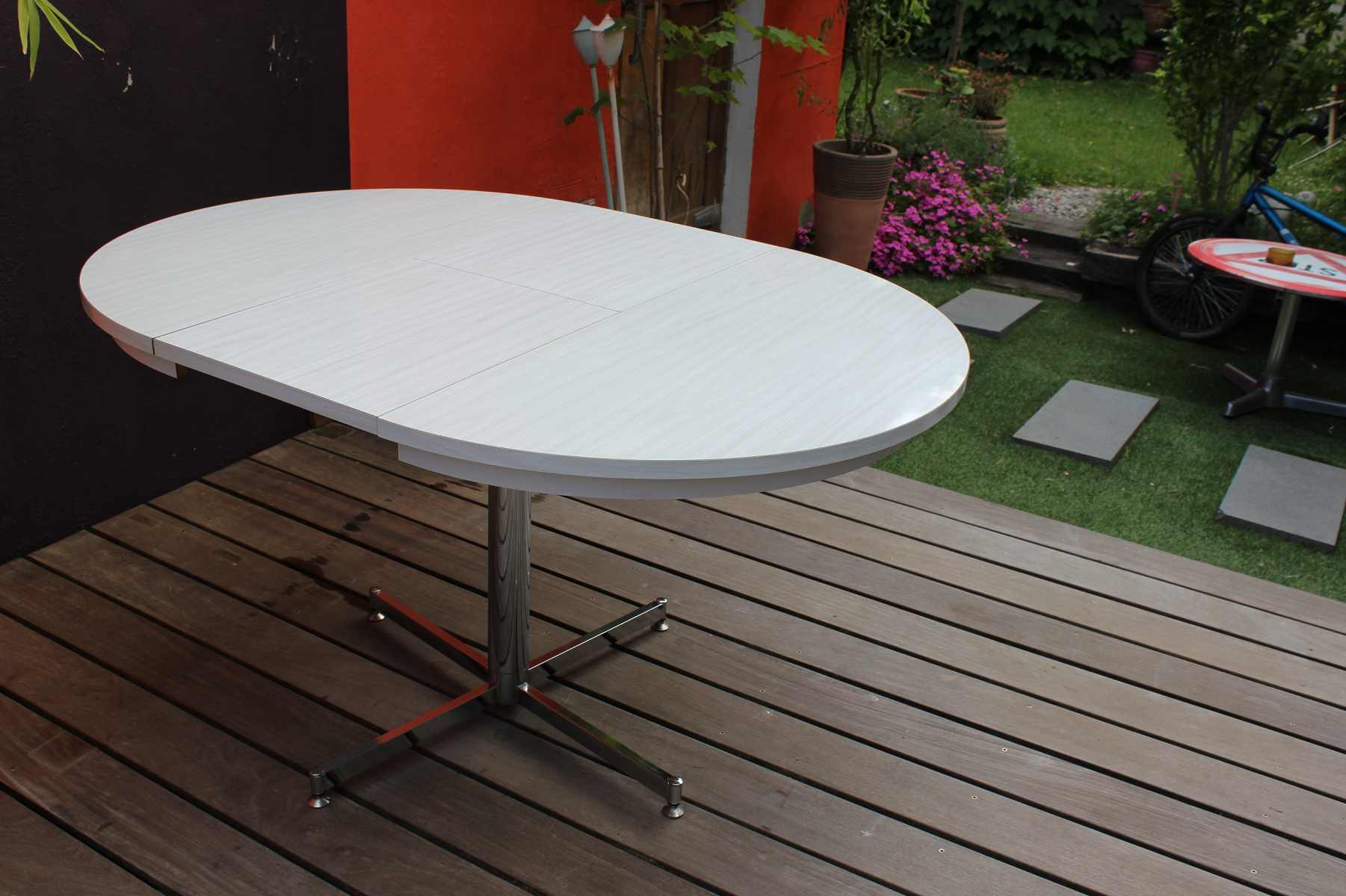 Table formica en version ronde ou ovale vintage by fabichka for Table de cuisine avec rallonge