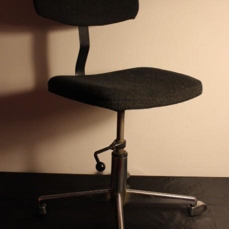 Chaise de bureau vintage vintage by fabichka for Chaise longue gris anthracite