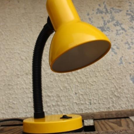 lampe poser vintage jaune vintage by fabichka. Black Bedroom Furniture Sets. Home Design Ideas
