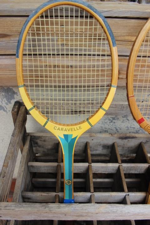raquette de tennis cadre bois 1960 vintage by fabichka. Black Bedroom Furniture Sets. Home Design Ideas